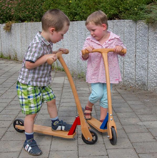 Roller aus Holz, Scooter Tretroller