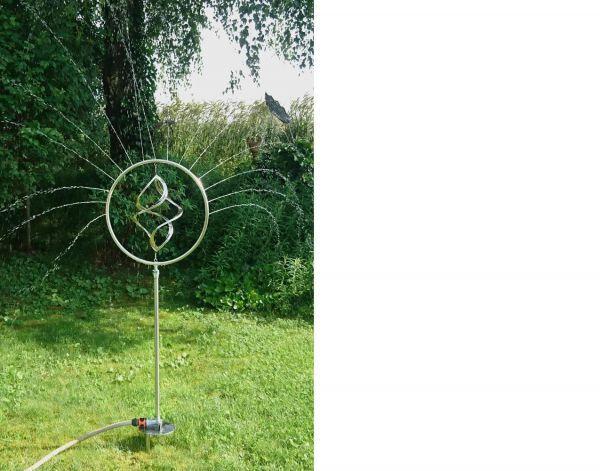 Wind- und Wasserspiel aus Edelstahl