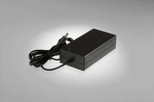 Torqeedo 1127-00 Ladegerät für Wechselakkus Travel 503, 1003 und Ultralight 403
